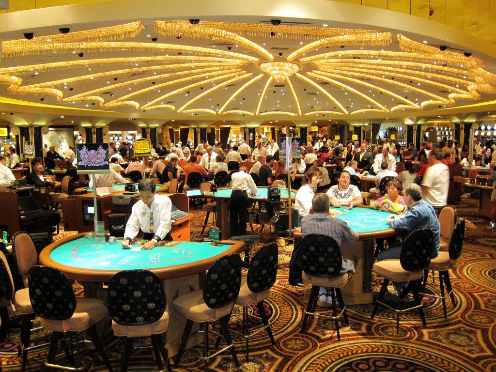 Почему играют казино психология казино онлайн баккара
